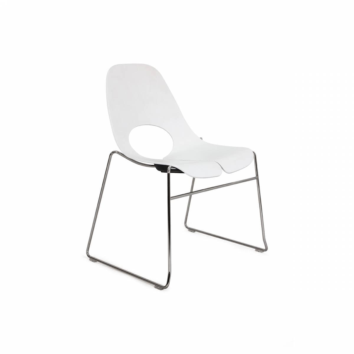 Chaise coque bois peinte , pied cadre métal sur Aubagne