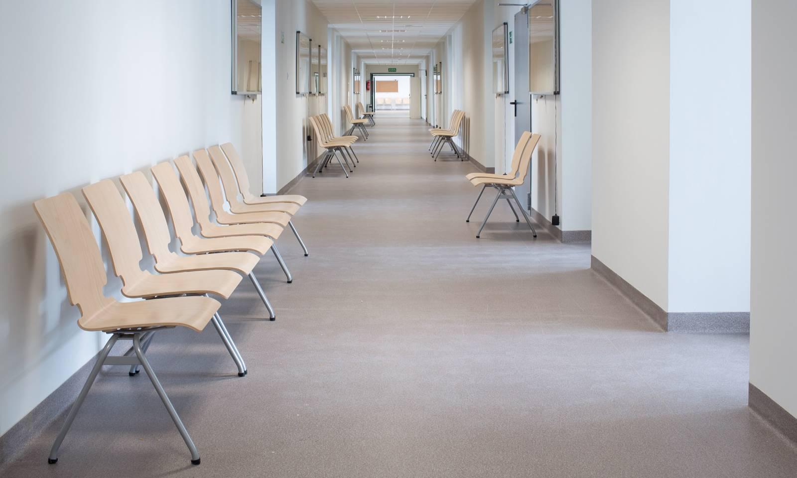 Chaises polyvalentes AXO pour réunion, visiteurs et formation sur Marseille