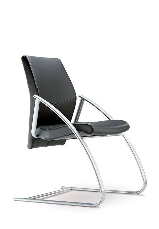 Chaises visiteurs pour harmoniser votre bureau de direction.