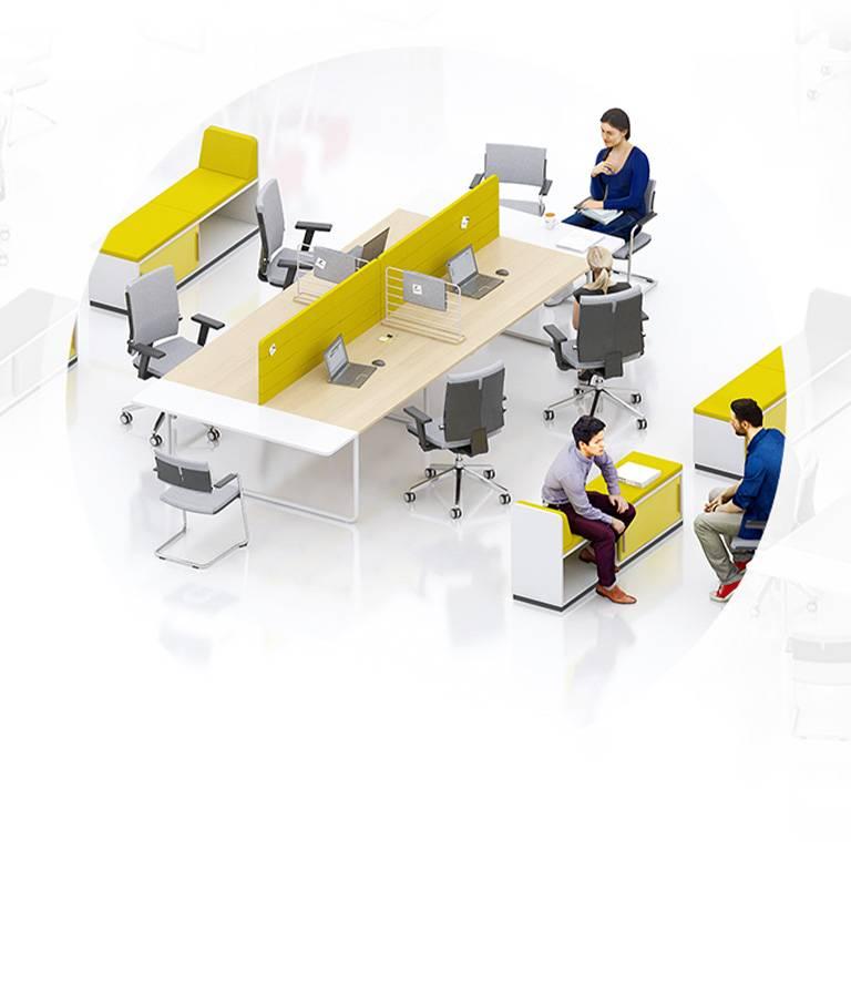 Open space avec bench et accessoires comme les panneaux de sécrétion et petit meuble de rangement d'appoint sur Aix en Provence