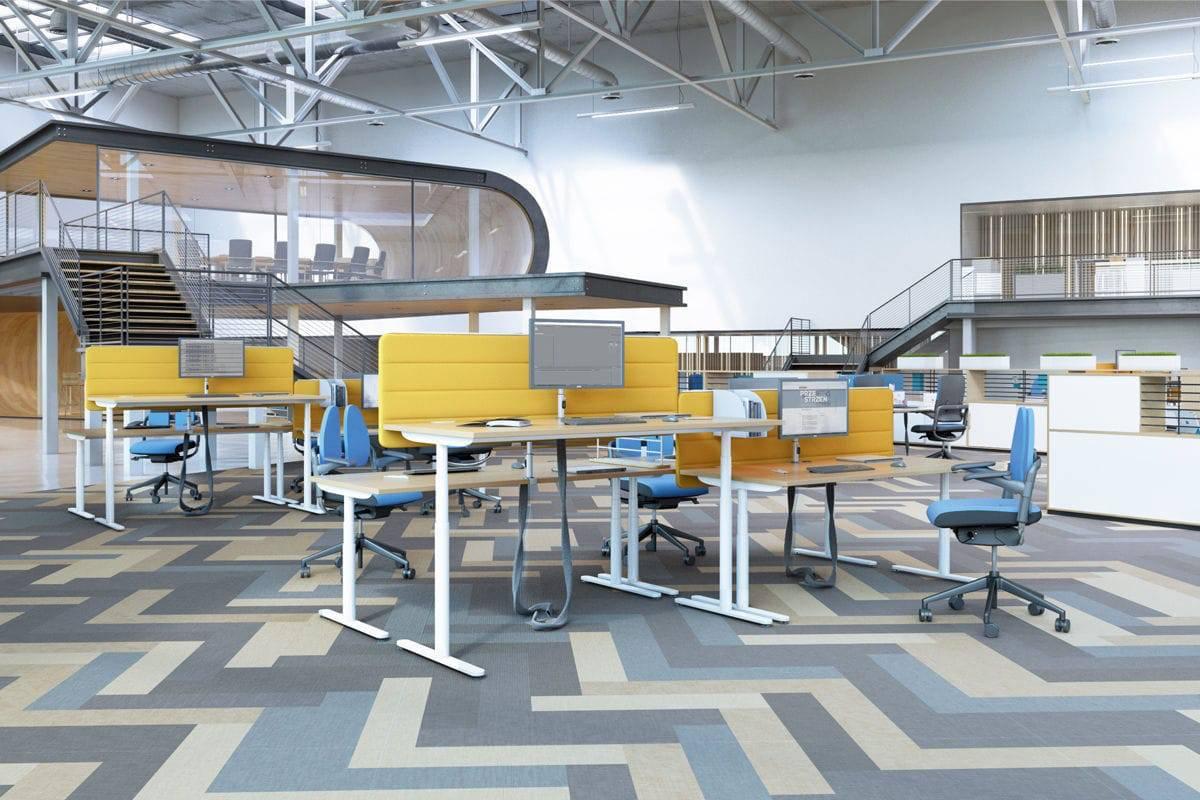 Multiposte avec bureau réglable en hauteur et panneau de séparation adapté au bureau sur Vitrolle