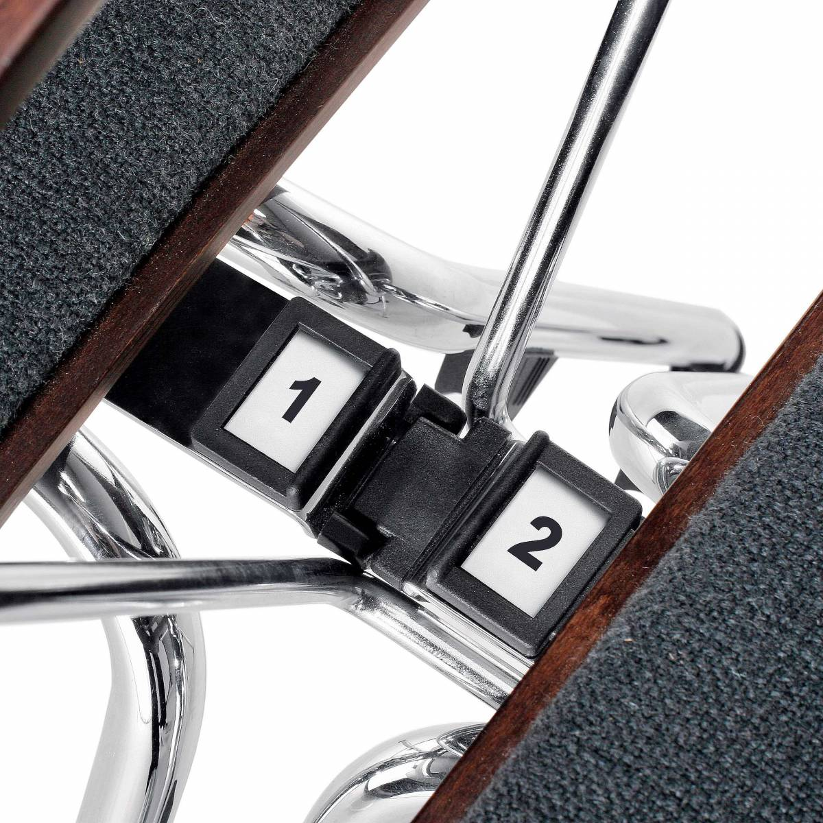 Numerotation fixe pour chaise AXO sur Gemenos