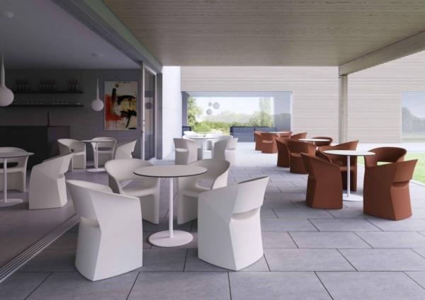 Salle de restauration et détente avec fauteuil KUARK sur Marseille