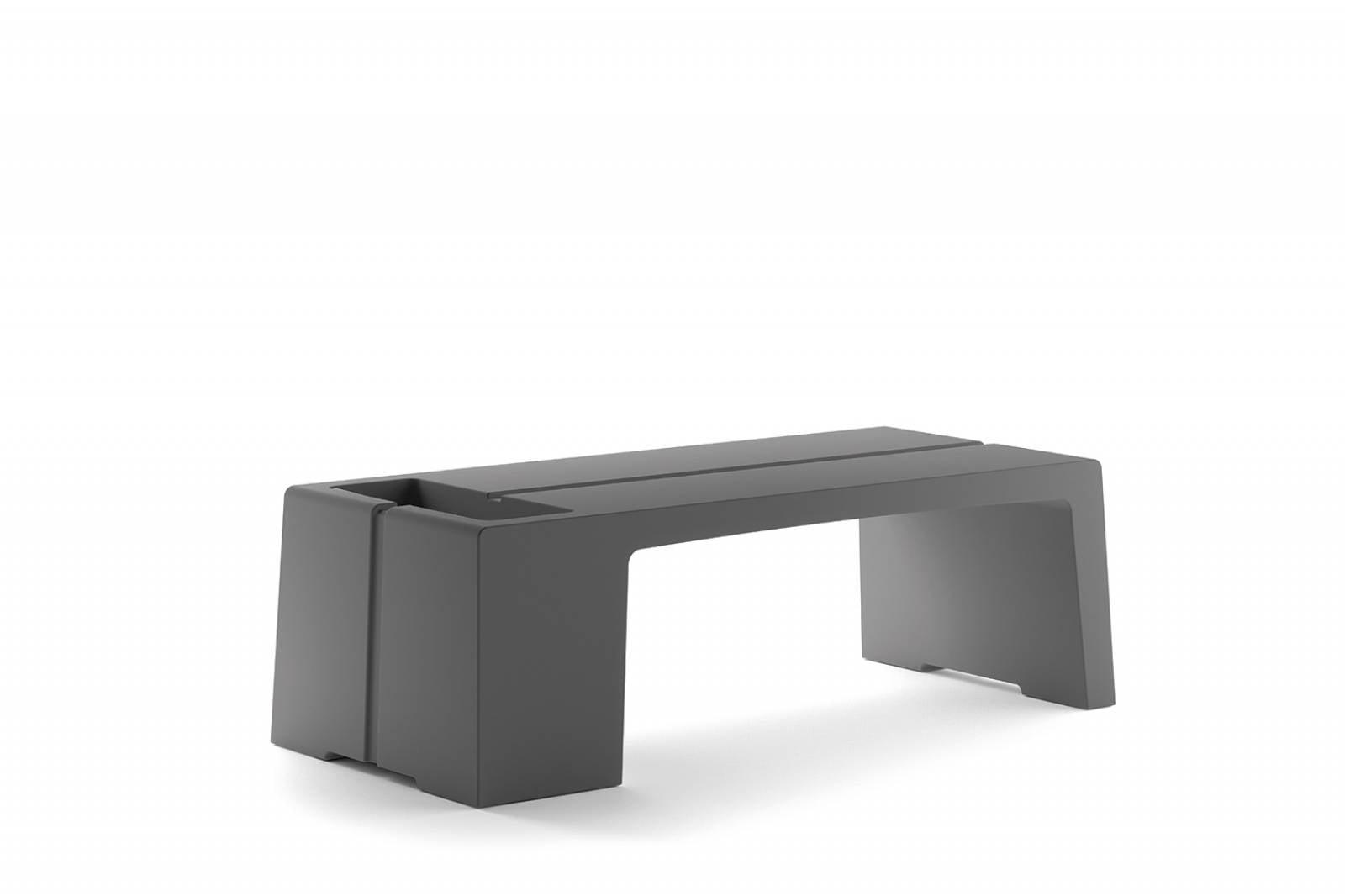 Table basse ou banc de la gamme KARLA sur Aix le Milles