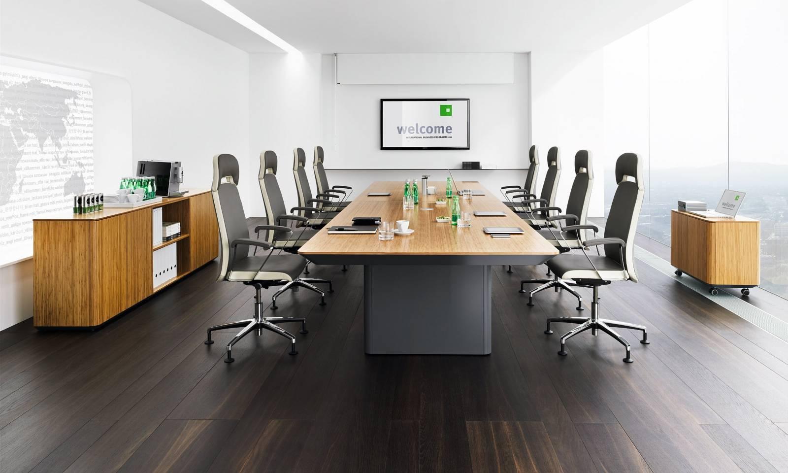 Table de réunion eRange haut de gamme avec tube télécospique pour les prises multimedia sur Aix en Provence