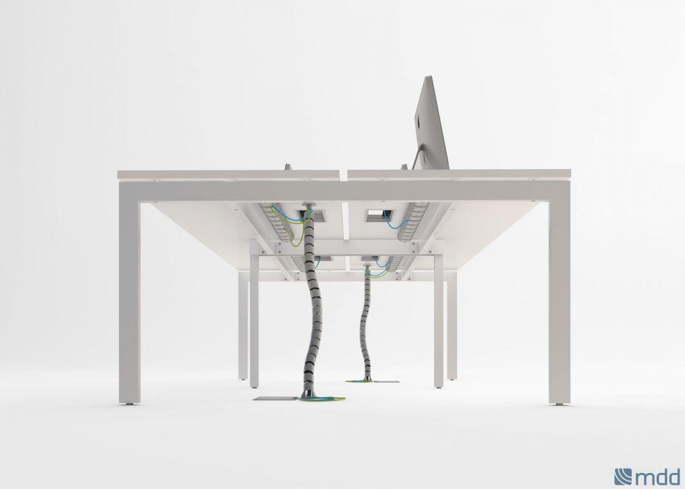 bureau Ogy avec passe cable, goulotte et top access